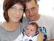 David Rous těší od 26. 4. 16.25 hodin rodiče Lenku a Petra z Letohradu. Na svět si přinesl váhu 3568 g.