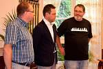 Výprava Po stopách moravských exulantů při přijetí na ústecké radnici.