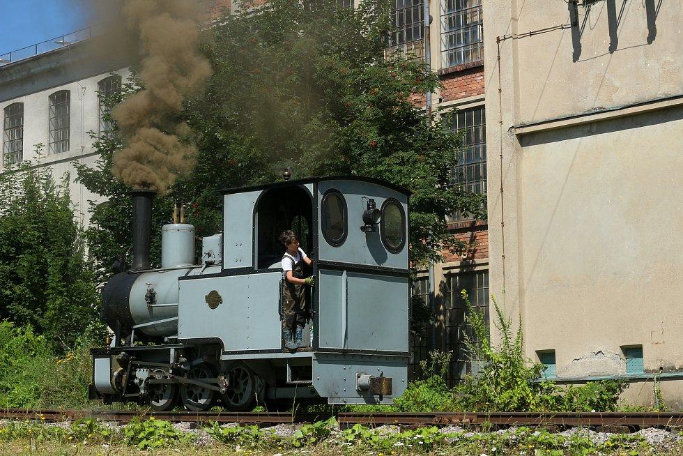 Lokomotiva na trati k náhonu