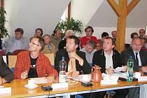 Úterní zasedání zastupitelstva v Žamberku mělo bouřlivou atmosféru.