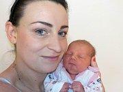 Emma Kristková se narodila s váhou 3001 g dne 3. 1. v 15.25 hodin rodičům Barboře a Vladislavovi z Lanškrouna. Doma se na ni těší bratříček Jiřík.