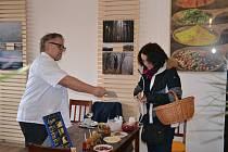 Gurmánský a naučný program v obchodu SE&VI Delikates v Nákupní galerii Nová Louže.