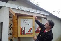 Sousedská knihovna v Ústí nad Orlicí.