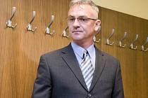 Bývalý strážník Pavel Koblížek stojí před soudem.