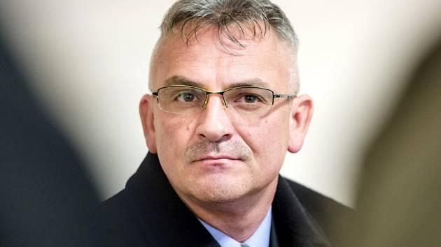 Pavel Koblížek u Krajského soudu v Hradci Králové.