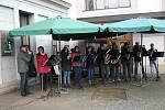 Choceň: Oslavy  už tradičně začaly na Tyršově náměstí Silvestrovskou dopolední veselicí, na které zahrály Choceňačka a Kantorský dixieland. V podvečer byl u dolních bubnů na Tiché Orlici odpálen ohňostroj.