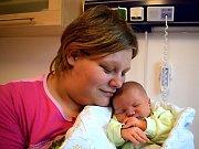 Jan Bartoš se narodil 9. 12. ve 22.00 hodin Kláře a Pavlovi z Jablonného nad Orlicí. Na svět si přinesl porodní váhu 3,810 kg. Bráška se jmenuje Pavel.