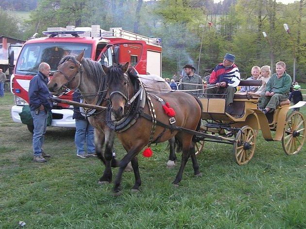 Kočáry jezdily v Dlouhé Třebové.