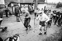 86 LET je Jiřímu Soukupovi z Hradce Králové (č. 87), který letos absolvoval trať na Andrlák již podeváté a byl jedním ze 132 účastníků.
