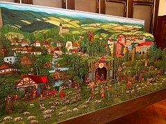 Sbírky muzea v Ústí nad Orlicí rozšířil papírový mechanický betlém, který namaloval Jaroslav Herain a rozpohyboval Kamil Andres.