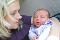 Veronika Suchomelová bude doma v Lanškrouně s rodiči Lucií Tringelovou a Lubomírem Suchomelem. Narodila se 4. září v 18.18, kdy vážila 3,024 kg.