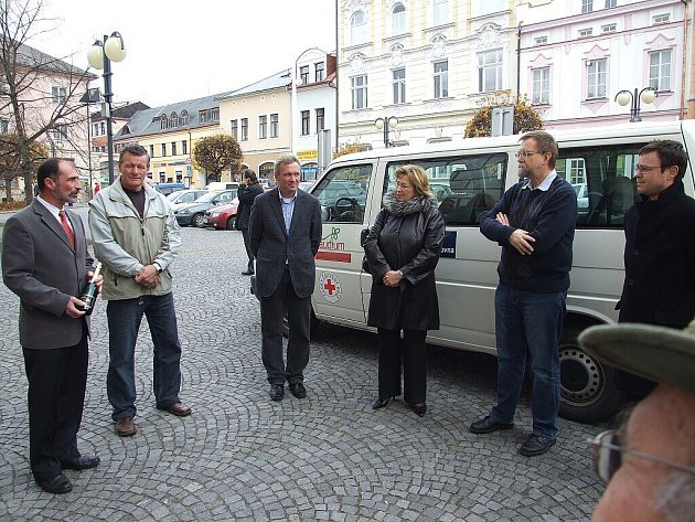Senior doprava byla zavedena také v Lanškrouně.