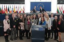 Gymnazisté z Vysokého Mýta reprezentovali ČR v Evropském parlamentu.