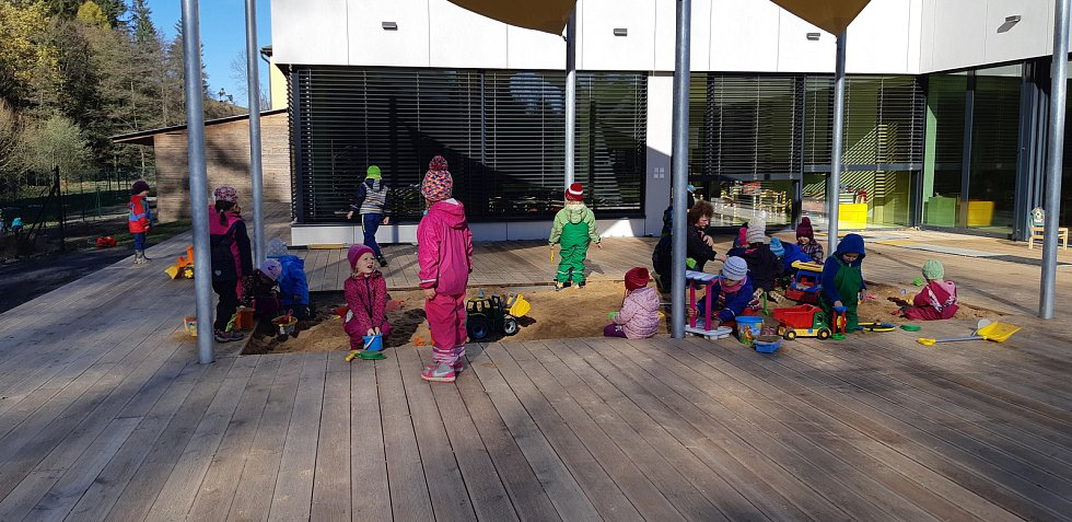 Místo rodného domu Luxe stojí nová školka.