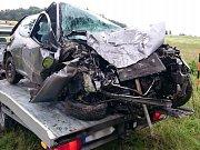 Havárie osobního automobilu na silnici mezi Verměřovicemi a Dolní Čermnou.