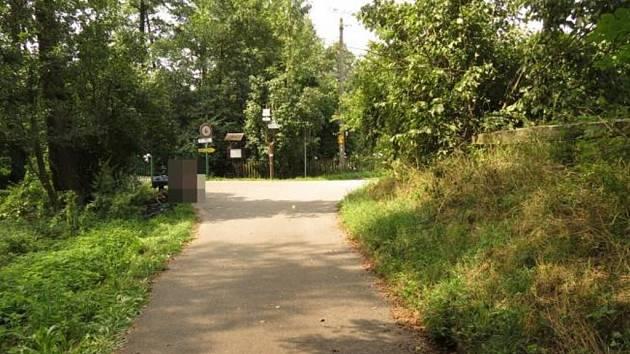 Místo, kde došlo ke kolizi dvou cyklistů.
