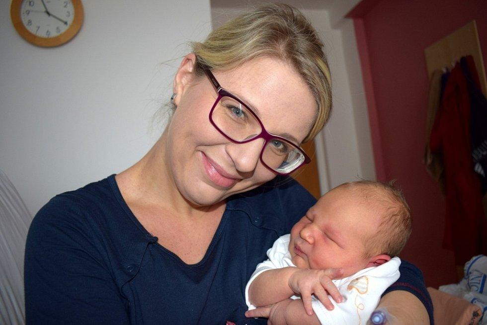 Matěj Larisch dělá radost Marcele a Otovi z Letohradu. Narodil se 6. 2. v 17.21 hodin.