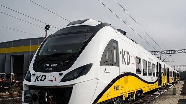 Elektrická jednotka Newag Impuls by mohla podle plánů Pardubického kraje zajíždět z Polska až do Ústí nad Orlicí.
