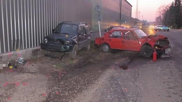 Při nehodě v Žamberku se vážně zranil opilý řidič. Letěl pro něj vrtulník.
