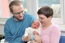 Tobiáš  Skalický  bude doma s rodiči Marií a Jakubem a sourozenci Dominikem a Dorotkou v Dolní Dobrouči. Chlapeček se narodil 20. února v 5.29 hodin a vážil 3,680 kg.