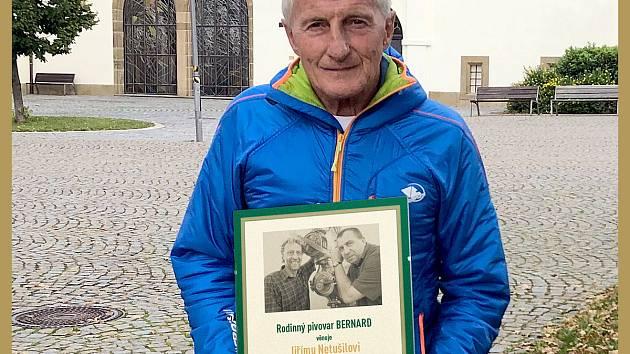 Jiří Netušil dostal za svůj odvážný čin cenu fair play rodinného pivovaru Bernard.