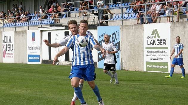 Fotbalisté Ústí porazili Dobrovici 3:2.