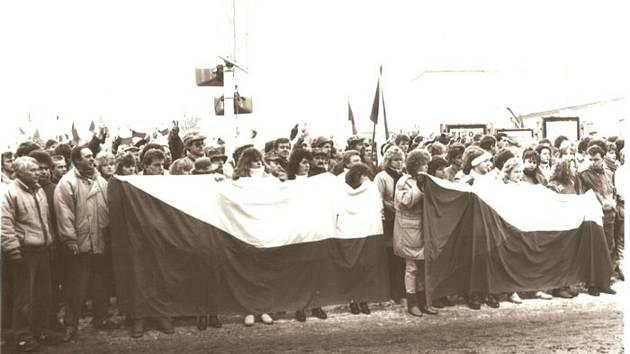 V Lanškrouně hledají fotky ze sametové revoluce