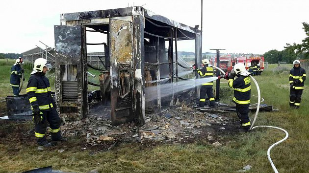 Požár ufotovoltaické elektrárny vKosoříně.