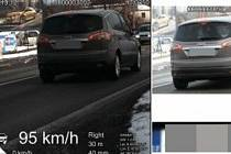 Za překročení rychlosti v obci o 45 kilometrů za hodinu hrozí pokuta i zákaz řízení.