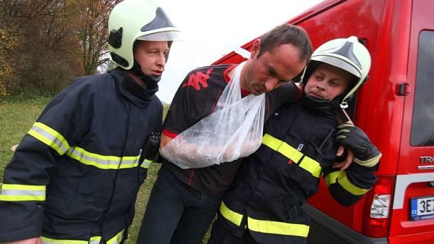 Námětové cvičení hasičů v Ústí nad Orlicí.