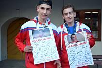Zlato a stříbro dovezla hokejbalová reprezentace U20 a U18 z Kanady. V týmech byli i čtyři hráči Letohradu, z toho dva z Jablonného: mistr světa do 20 let a nejlepší brankář šampionátu Michal Novák a vicemistr světa do 18 let, útočník Filip Faltus.