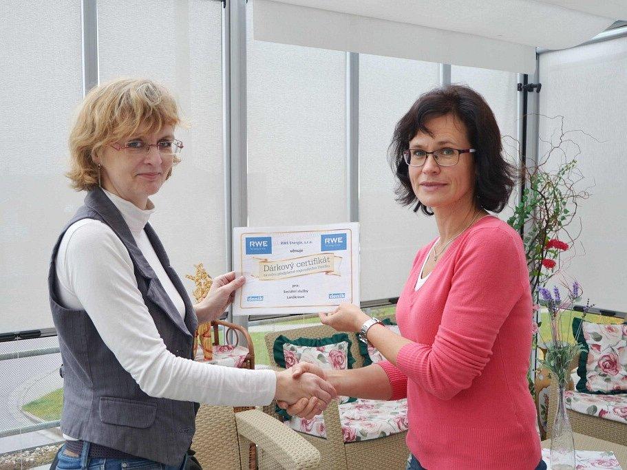 Sociální služby Lanškroun získaly předplatné Orlického deníku od RWE.