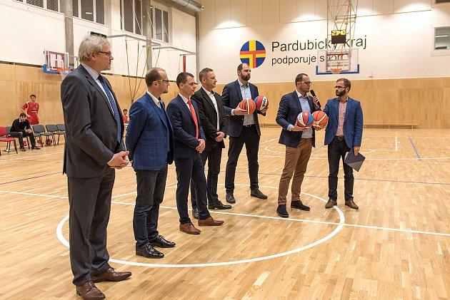 Opravená sportovní hala Na skalce vČeské Třebové se 11.ledna otevřela veřejnosti.