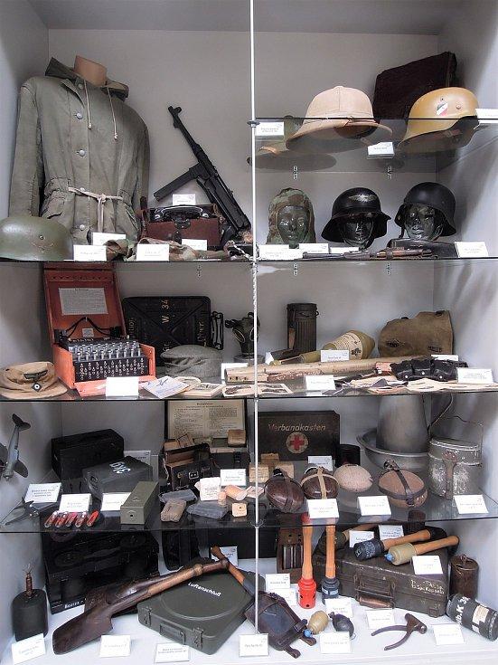 Výbava vojáků Wehrmachtu. Zdroj: Vojenské muzeum Králíky