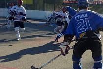 Letohradští hokejbalisté utkání v Jihlavě (na snímku) skvěle rozehráli. Nakonec však odjeli s porážkou.