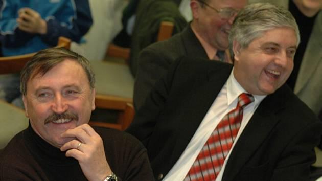 Dva slavní klokani Antonín Panenka a Karol Dobiáš se v minulosti účastnili  vyhlášení okresní ankety.