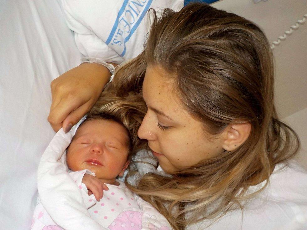 Sofie Sejkorová je prvorozená holčička Denisy a Luboše z Horní Sloupnice. Když se narodila dne 9. 8. v 5.11 hodin, vážila 3190 g.