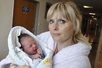 Miloš Stránský rozšířil rodinu Jany Jansové a Miloše Stránského z Ostrova, kde už se na něj těší sestry Eliška a Karolínka. Chlapec se narodil 23. června v 21.10 s hmotností 3,54 kg.