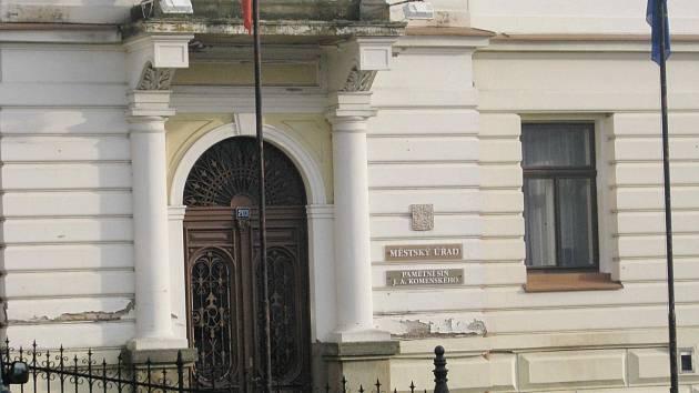 Městský úřad v Brandýse nad Orlicí.
