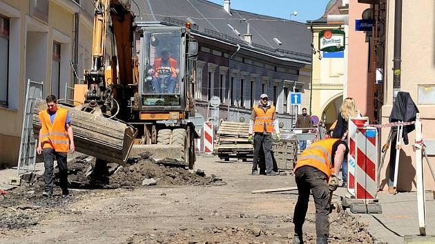 Rekonstrukce ulice TGM v Ústí nad Orlicí.