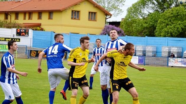 Fotbalová Fortuna Divize C: FK Náchod - TJ Jiskra Ústí nad Orlicí.