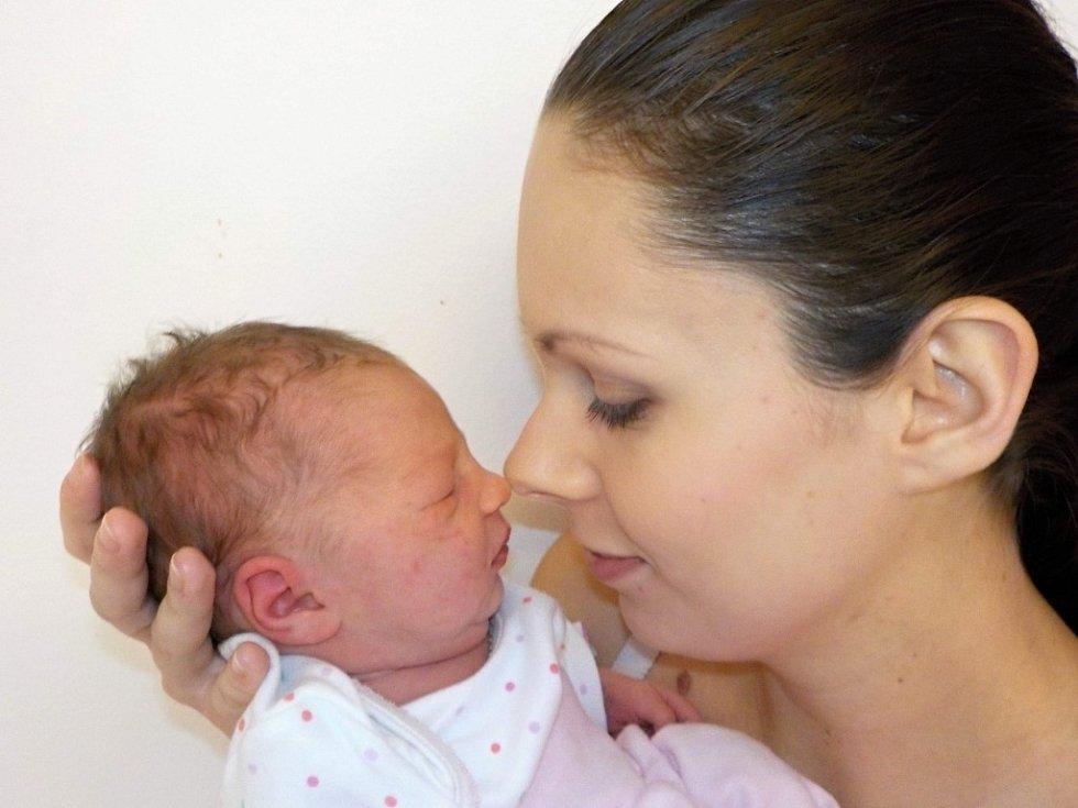 Nela Nagyová je prvorozená dcera Andrey a Marka z Kostelce nad Orlicí. Světlo světa spatřila poprvé dne 13. 12. v 11.55 hodin a při narození vážila 2880 g.