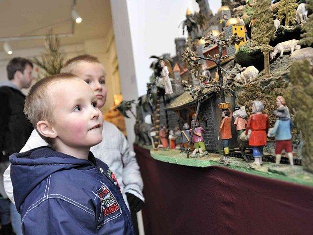 Advent v České Třebové a výstava betlémů v městském muzeu.