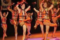 Některé taneční školy vyžadují zdravotní způsobilost. Existují ale i takové, které mají pozitivní vliv na psychiku a prokrvují orgány.