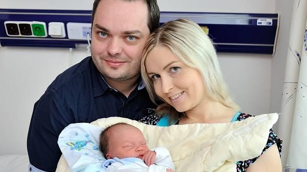 David Kočí je první radostí pro manžele Jitku a Dušana z Dolního Újezdu. Na svět si 24. srpna ve 21.30 přinesl 3,4 kg.
