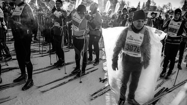 Ze série fotografií z Jizerské 50, která získala 1. cenu v kategorii sport na Czech Press Photo.