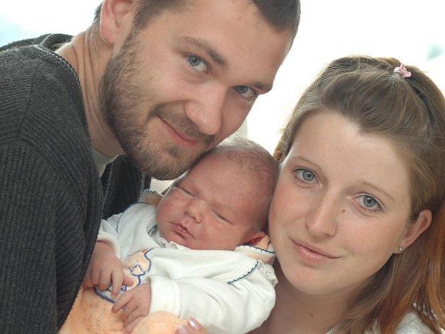 Martin se narodil 28. září o půl deváté ráno Pavlíně a Tomáši Svoreňovým ze Zbudova, kde se na něj těší bráška Filípek. Martin si na svět přinesl 3,7 kilogramu a 51 centimetr.
