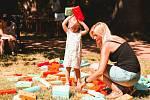 کنسرت ها ، بازی های کودکان ، یوگا ، بازار کک و یا کارگاه طبل سازی - همه اینها را می توان توسط بازدید کنندگان جشنواره شنبه در High Duty تجربه کرد.