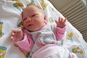 Sofie Peichlová těší rodiče Ivanu Hunkovou a Tomáše Peichla z Šanova u Červené Vody. Když se 2. 6. ve 22.55 narodila, vážila 2,950 kg. Bráška se jmenuje Tobiášek.