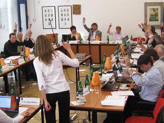Z hlasování zastupitelstva (Ilustrační foto).
